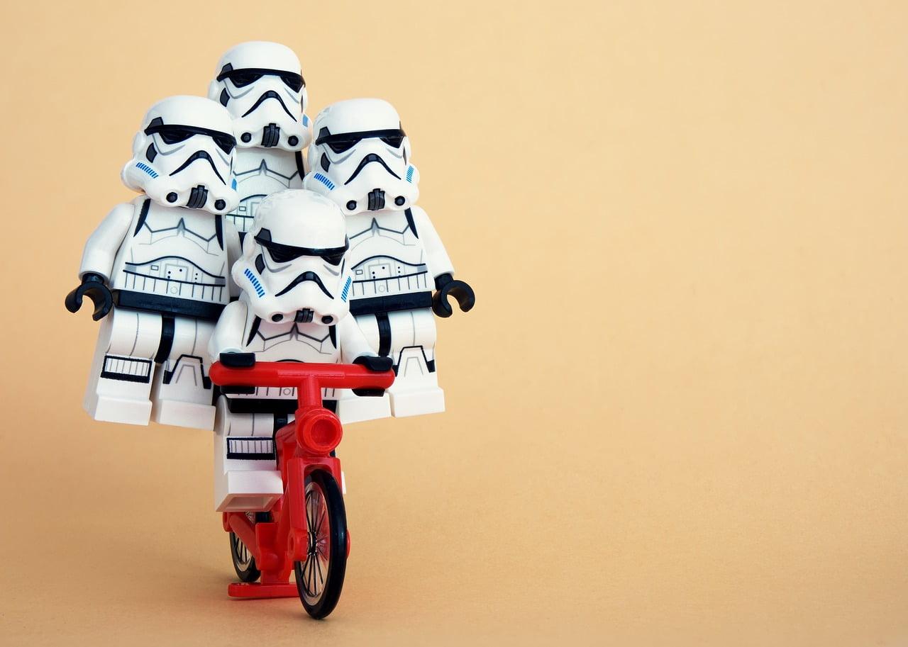 samen fietsen met vrienden